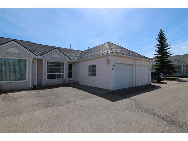209 Woodside Drive NW #12, Airdrie, AB T4B 2E7 (#C4142353) :: The Cliff Stevenson Group