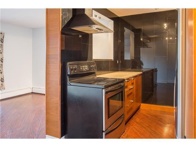 2407 17 Street SW #7, Calgary, AB T3E 2X6 (#C4142517) :: Redline Real Estate Group Inc