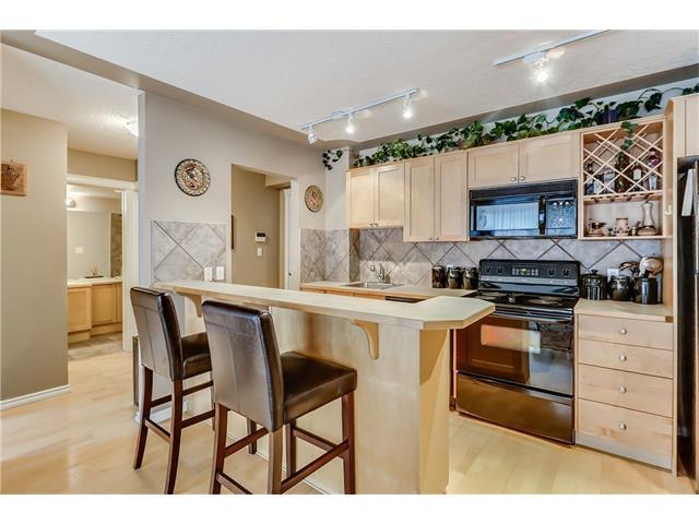 2515 14A Street SW #304, Calgary, AB T2T 3X6 (#C4143984) :: Redline Real Estate Group Inc