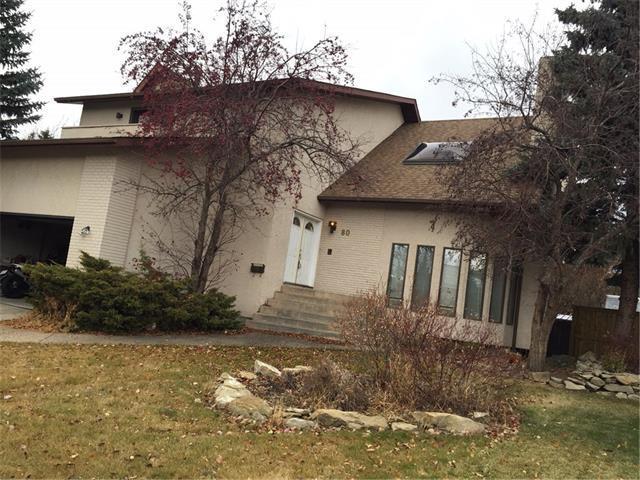 80 Strathbury Circle SW, Calgary, AB T3H 1P8 (#C4144251) :: Redline Real Estate Group Inc