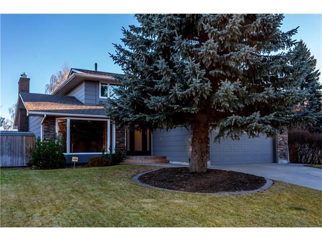 405 Lake Simcoe Crescent SE, Calgary, AB T2J 5L3 (#C4144778) :: Redline Real Estate Group Inc