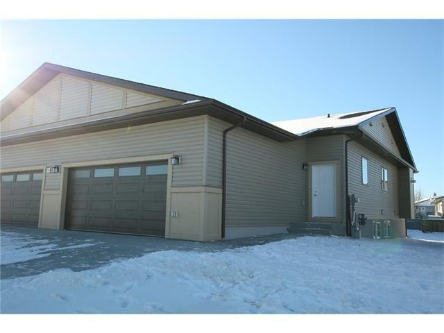 6 West Mcdonald Place, Cochrane, AB T4C 1L8 (#C4145081) :: Canmore & Banff