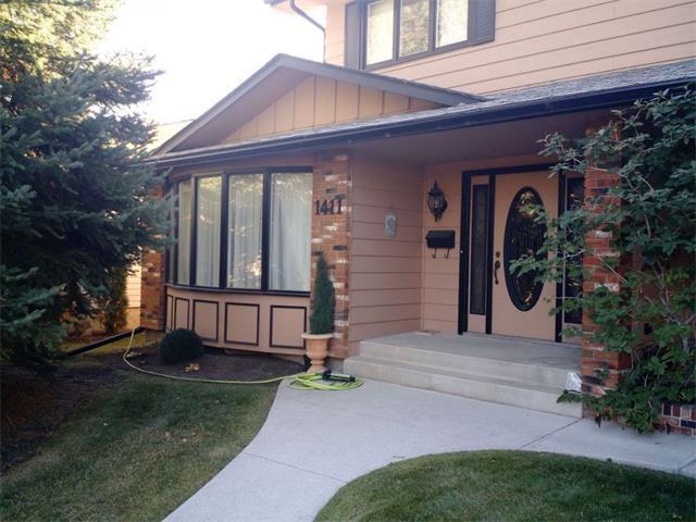1411 Lake Twintree Way SE, Calgary, AB T2J 2X6 (#C4145418) :: Redline Real Estate Group Inc