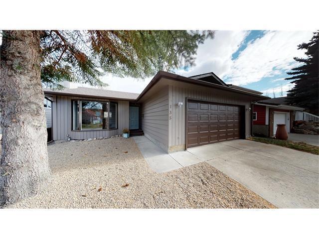 135 Woodglen Place, Okotoks, AB T1S 1L2 (#C4145781) :: Redline Real Estate Group Inc