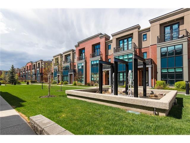 315 Aspen Meadows Hill(S) SW, Calgary, AB T3H 0G3 (#C4145805) :: Redline Real Estate Group Inc