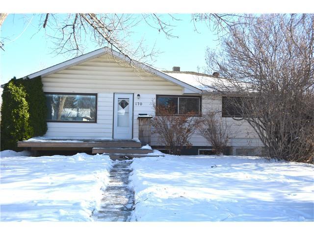 170 Heston Street NW, Calgary, AB T2K 2C4 (#C4146047) :: Redline Real Estate Group Inc