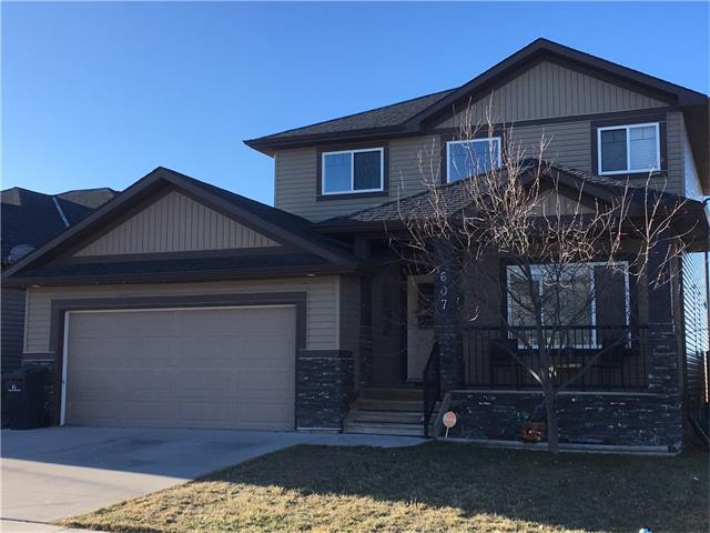 607 Hamptons Place SE, High River, AB T1V 0A9 (#C4147483) :: Canmore & Banff