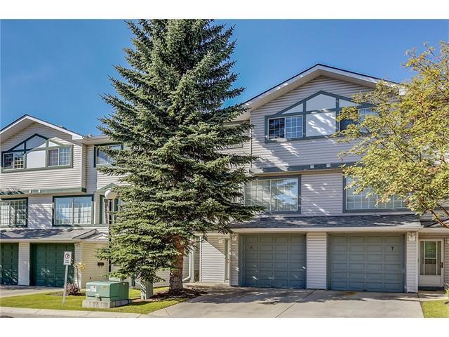 9 Kingsland Villa(S) SW, Calgary, AB T2V 5J9 (#C4147504) :: The Cliff Stevenson Group