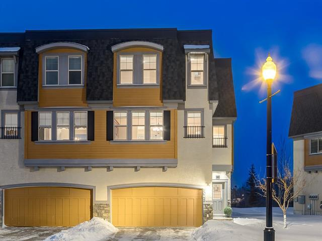 9045 Wentworth Avenue SW, Calgary, AB T3H 0A9 (#C4147634) :: Redline Real Estate Group Inc