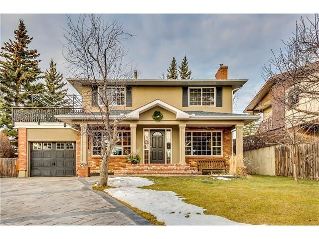 2528 Chateau Place NW, Calgary, AB T2M 4K7 (#C4147718) :: The Cliff Stevenson Group