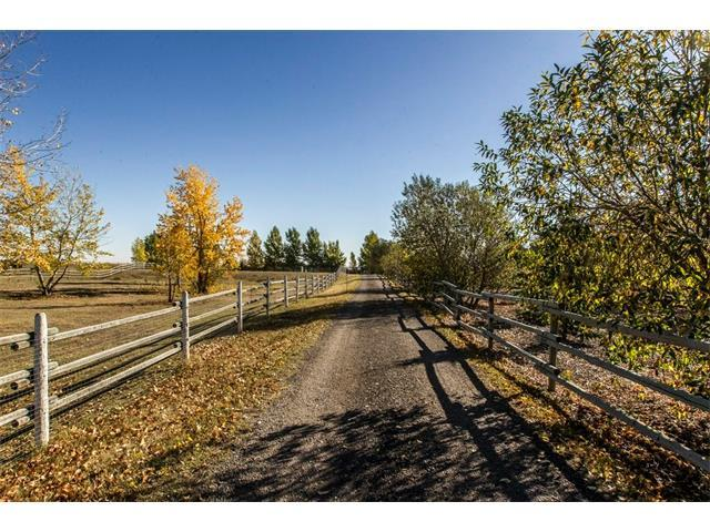 20040 496 Avenue E, Rural Foothills M.D., AB T1V 1N1 (#C4148922) :: The Cliff Stevenson Group