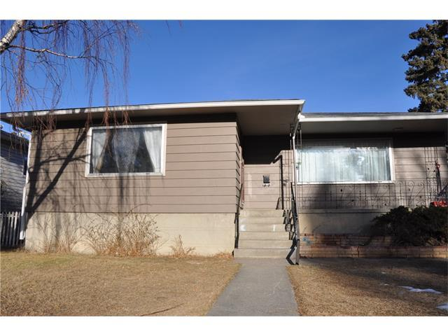 2108 24 Avenue NW, Calgary, AB T2M 1Z7 (#C4149009) :: Redline Real Estate Group Inc