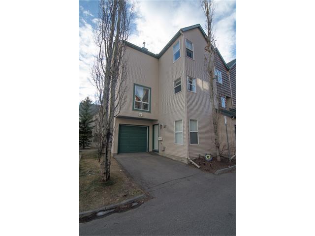 323 Bridlewood Lane SW, Calgary, AB T2Y 3X8 (#C4149152) :: Canmore & Banff