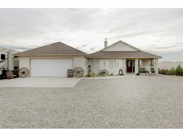 386210 2 Street E, Rural Foothills M.D., AB T1S 1A1 (#C4149263) :: Redline Real Estate Group Inc