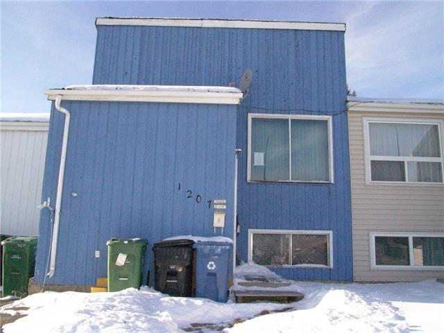 1207 53 Street SE, Calgary, AB T2A 1V6 (#C4150530) :: Canmore & Banff