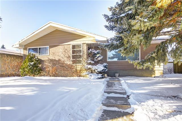 3244 Breen Crescent NW, Calgary, AB T2L 1S7 (#C4150568) :: The Cliff Stevenson Group