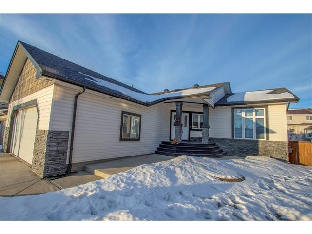 147 Cove Place, Chestermere, AB T1X 1J6 (#C4160879) :: The Cliff Stevenson Group
