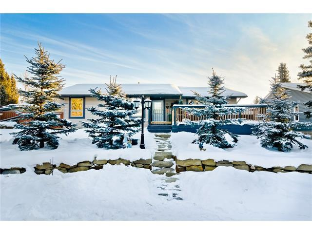 11 Mountain Place, Okotoks, AB T1S 0L6 (#C4161405) :: The Cliff Stevenson Group