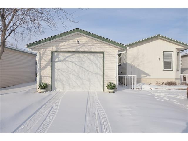 17 Double Tree Way, Strathmore, AB T1P 1M8 (#C4161459) :: The Cliff Stevenson Group