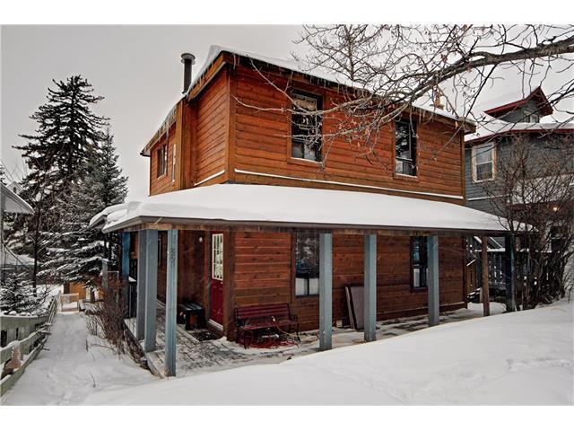 221 Otter Street, Banff, AB T1L 1E2 (#C4161652) :: Canmore & Banff