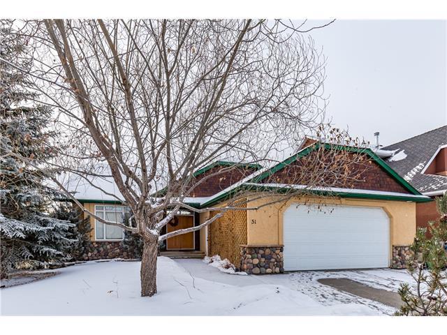 51 West Terrace Drive, Cochrane, AB T4C 1S2 (#C4161763) :: Canmore & Banff