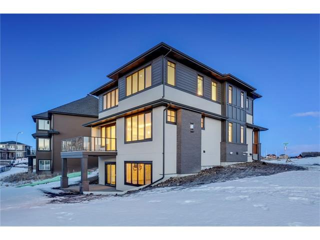 3 Rockcliff Hill(S) NW, Calgary, AB T3G 0C8 (#C4162357) :: Your Calgary Real Estate