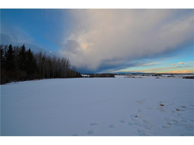 Address Not Published, Rural Mountain View County, AB T0M 1X0 (#C4162448) :: Redline Real Estate Group Inc