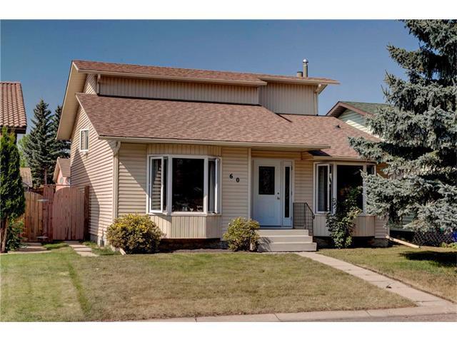 60 Castlegrove Place NE, Calgary, AB T3J 1S2 (#C4162455) :: Redline Real Estate Group Inc