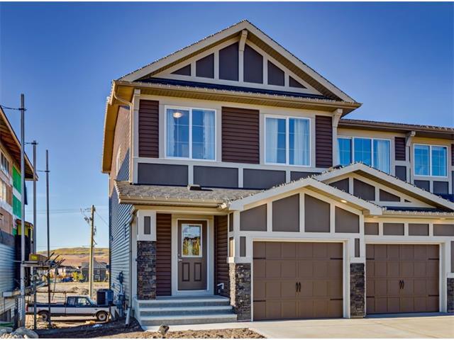 303 Heartland Crescent, Cochrane, AB T4C 2P7 (#C4162501) :: Your Calgary Real Estate