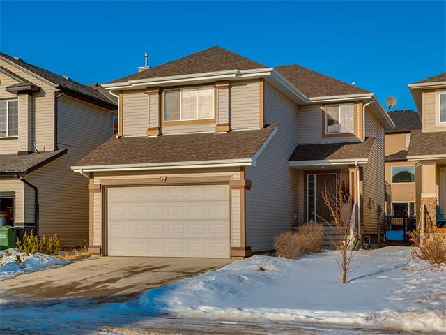 17 Sunset Close, Cochrane, AB T4C 0B3 (#C4162579) :: Your Calgary Real Estate