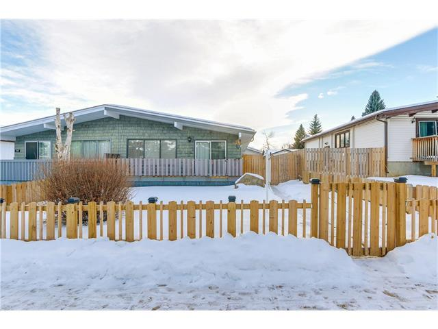 711 Canfield Way SW, Calgary, AB T2W 1K2 (#C4162613) :: Redline Real Estate Group Inc