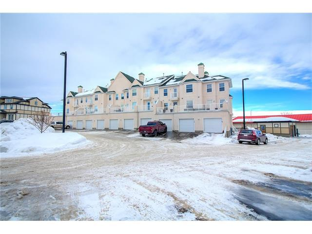 50 Westland Road #300, Okotoks, AB T1S 2G4 (#C4162624) :: Your Calgary Real Estate