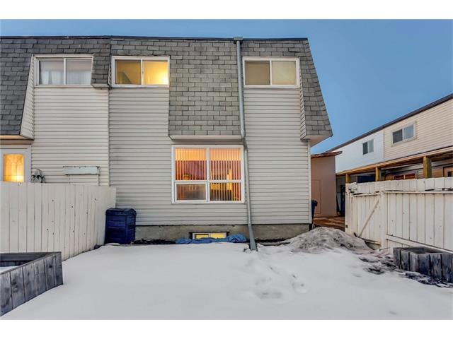 3916 29A Avenue SE, Calgary, AB T2B 0G4 (#C4162844) :: Your Calgary Real Estate