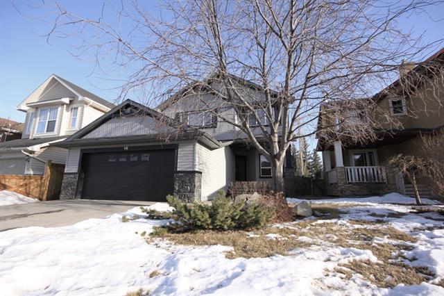 16 Hidden Creek Circle NW, Calgary, AB T3A 6J3 (#C4163055) :: The Cliff Stevenson Group