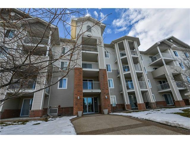 16 Country Village Bay NE #409, Calgary, AB T3K 5Y9 (#C4163129) :: The Cliff Stevenson Group