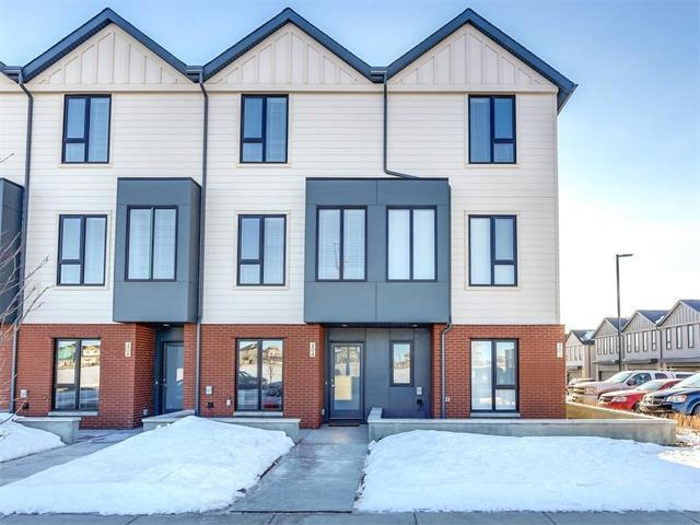 406 Drake Landing Wynd, Okotoks, AB T1S 0H4 (#C4163310) :: The Cliff Stevenson Group