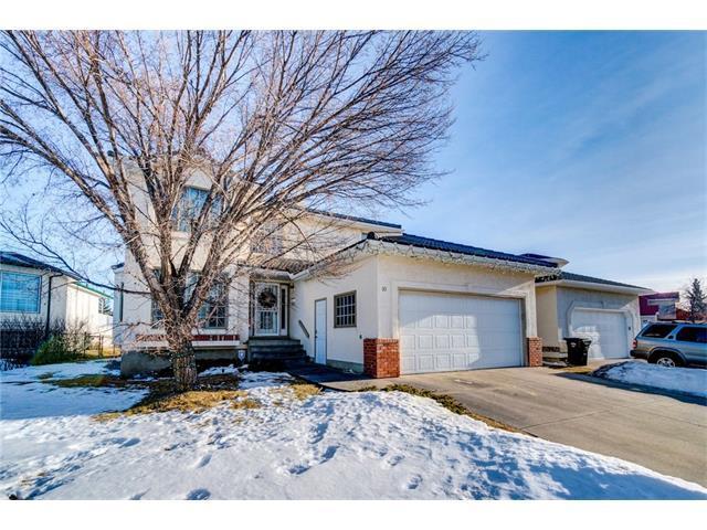 10 Hampstead Close NW, Calgary, AB T3A 5H9 (#C4163571) :: The Cliff Stevenson Group