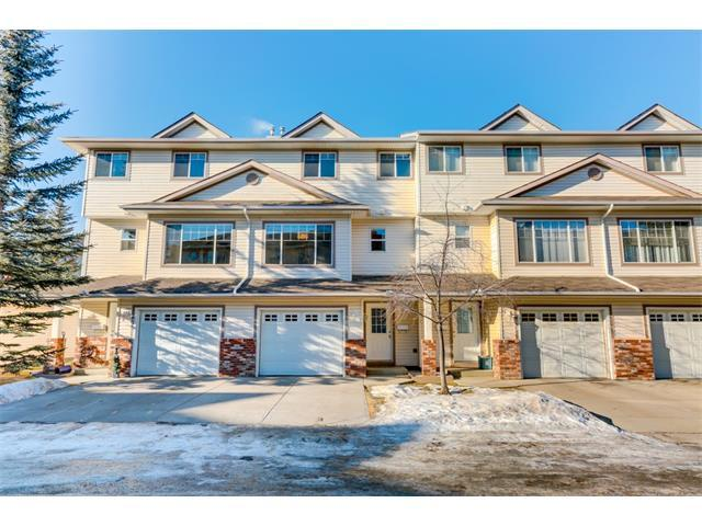 81 Country Hills Cove NW, Calgary, AB T3K 5G7 (#C4163598) :: Redline Real Estate Group Inc