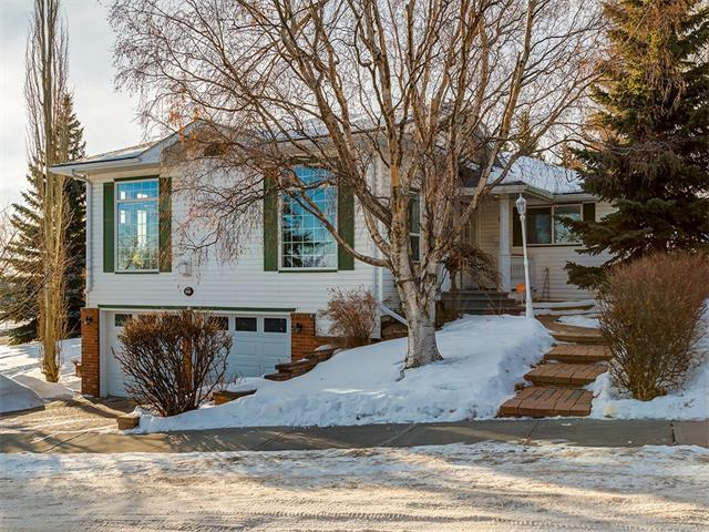 11 Cornwallis Drive NW, Calgary, AB T2K 1T5 (#C4163732) :: The Cliff Stevenson Group