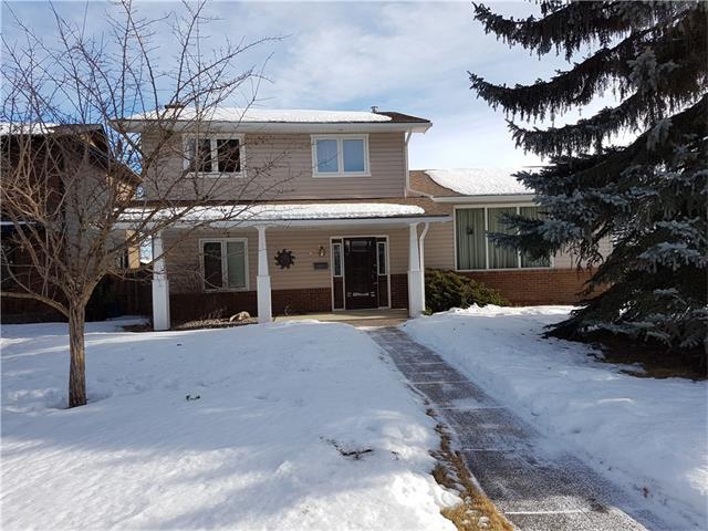 12 Parkwood Rise SE, Calgary, AB T2J 3X7 (#C4163784) :: Canmore & Banff