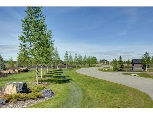16 Mackenas Way, Rural Rocky View County, AB T3Z 3C9 (#C4163955) :: Canmore & Banff