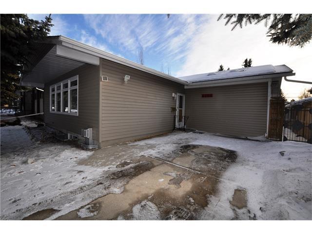 4704 Brockington Road NW, Calgary, AB T2L 1R6 (#C4163981) :: The Cliff Stevenson Group