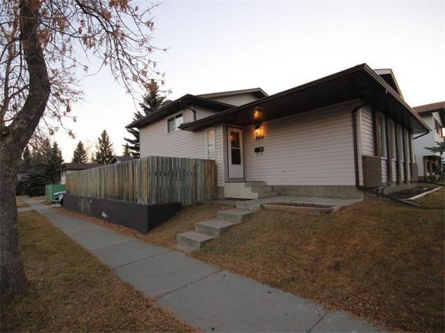 264 Woodridge Place SW, Calgary, AB T2W 3S4 (#C4164012) :: The Cliff Stevenson Group