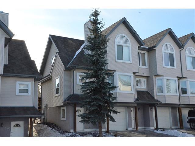 35 Sandarac Villa(S) NW, Calgary, AB T3K 5B4 (#C4164101) :: Redline Real Estate Group Inc