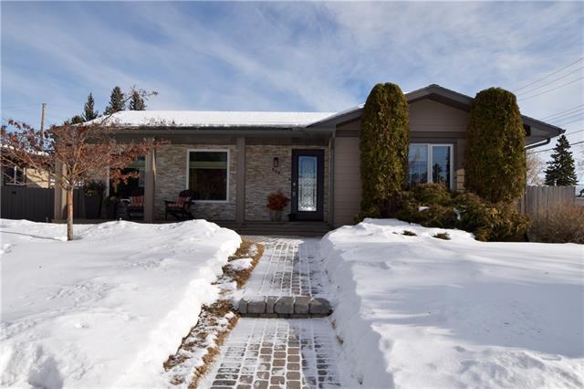 804 Maplewood Crescent SE, Calgary, AB T2J 1T1 (#C4164157) :: The Cliff Stevenson Group