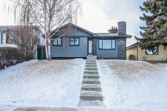 7711 Hunterburn Hill(S) NW, Calgary, AB T2K 4S6 (#C4164266) :: The Cliff Stevenson Group