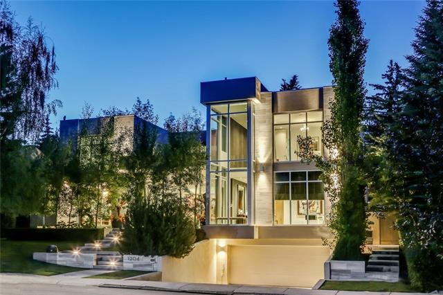 1204 Beverley Boulevard SW, Calgary, AB T2V 2C5 (#C4164315) :: The Cliff Stevenson Group