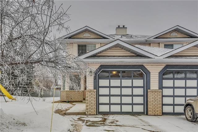 23 Silvergrove Close NW, Calgary, AB T3B 5R4 (#C4164366) :: Redline Real Estate Group Inc