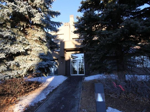 109 Village Heights SW #10, Calgary, AB T3H 2L2 (#C4164394) :: The Cliff Stevenson Group