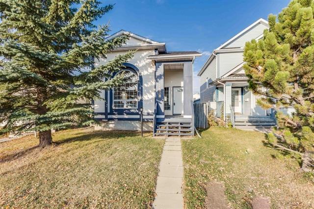 3628 Catalina Boulevard NE, Calgary, AB T1Y 6W6 (#C4164891) :: The Cliff Stevenson Group